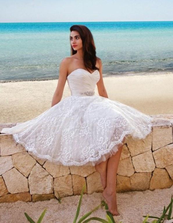 vestidos de novia cortos y elegantes