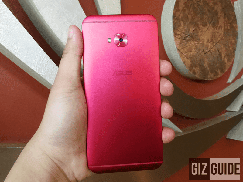 ZenFone 4 Selfie Pro in rogue red