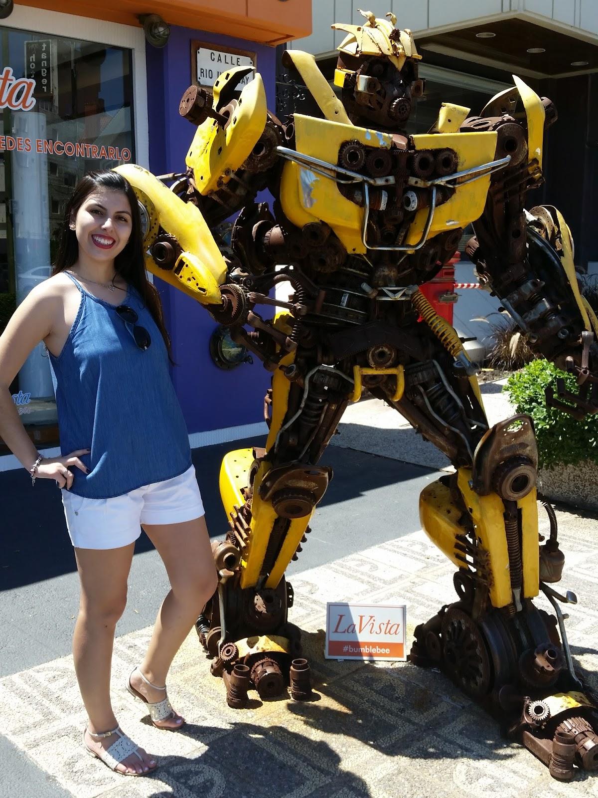 escultura Bumblebee