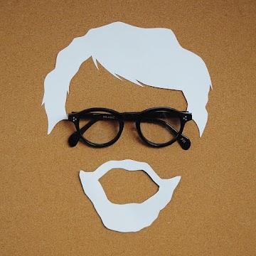 Pakai Kacamata Dari Francnobel Untuk Tampil Gaya