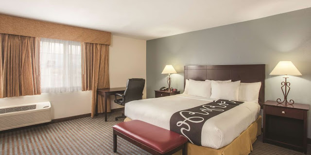 Let La Quinta Inn by Wyndham Las Vegas Nellis be the bright spot in your travel journey with free breakfast, WiFi, and contemporary guest rooms.