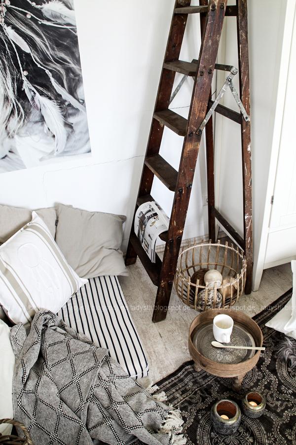 DIY pimp your pillow Bohostyle, Dreamcatcher, Wallsticker Boho, So schnell entsteht eine Indoor-Chill-Area, mit dickem Motive mit dickem Baumwollgarn auf Kissen nähen, alte Leiter aus Opas Schuppen als Deko