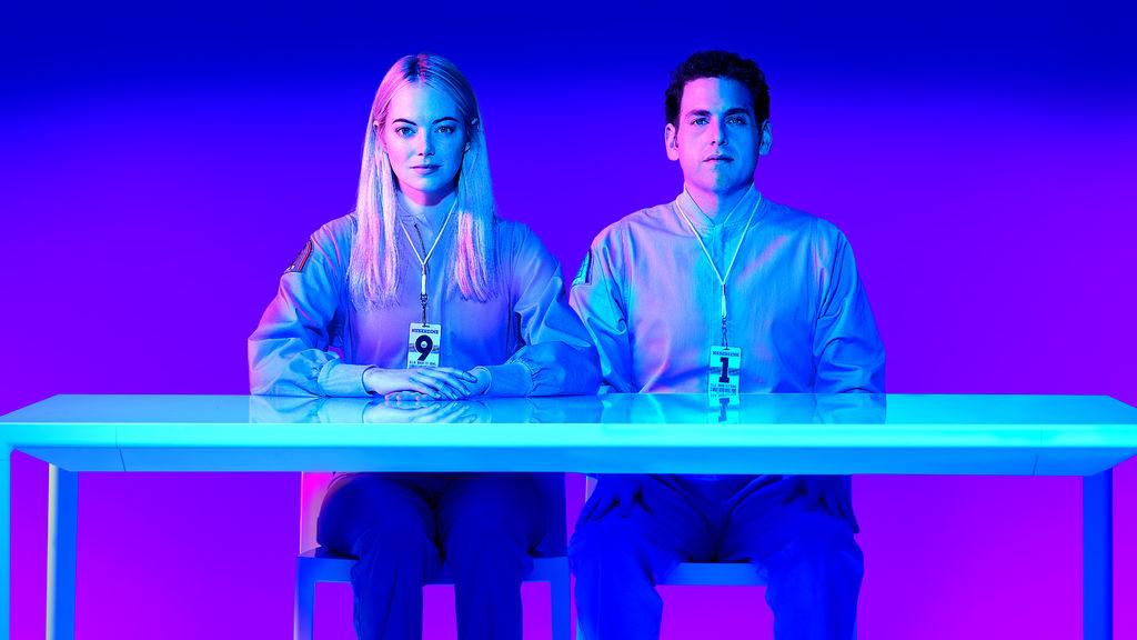Emma Stone y Jonah Hill en Maniac de Netflix