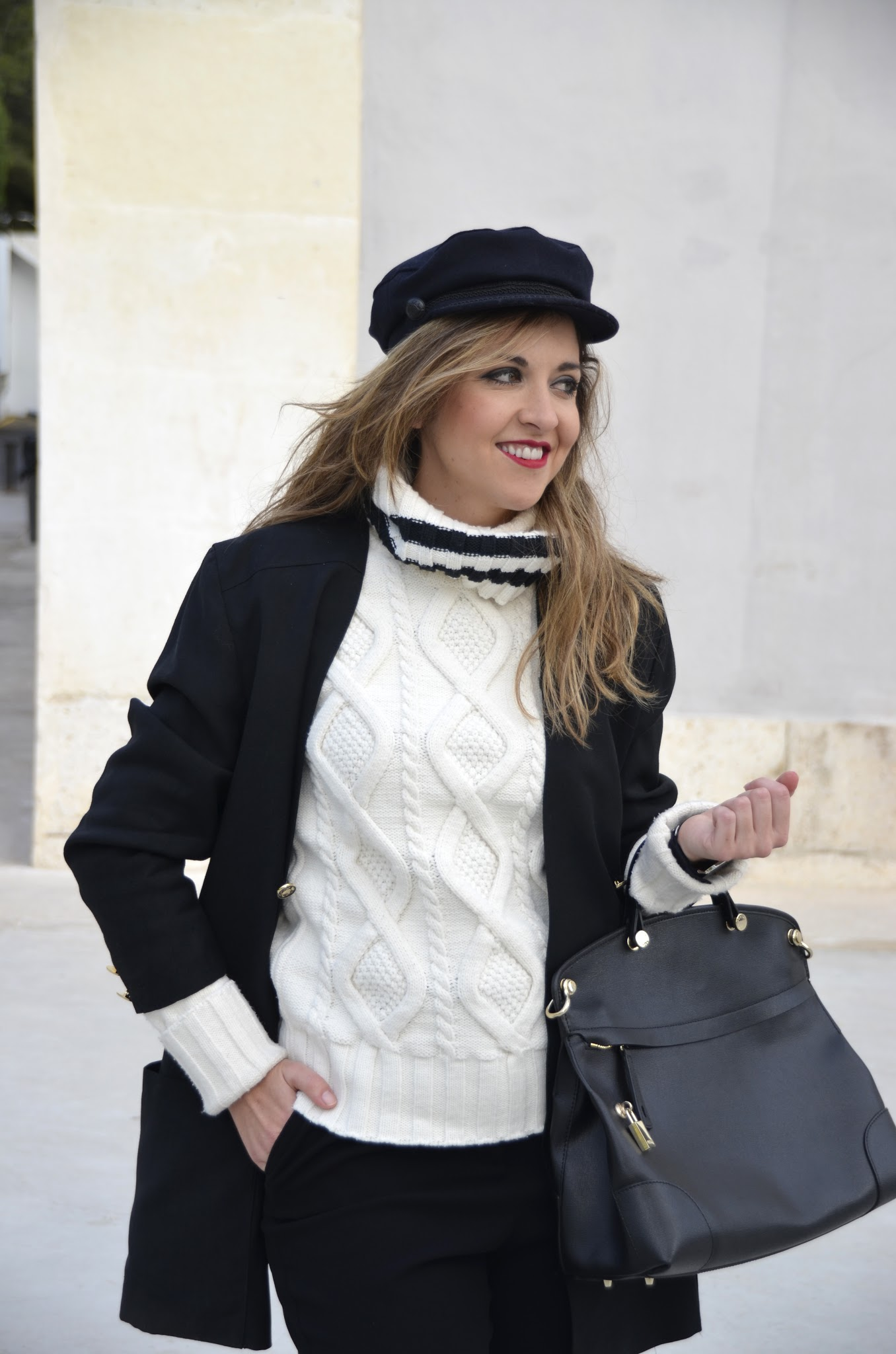 how to style a navy cap