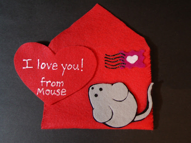 Felt Five Valentines Mouse