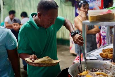 Ilocos Empanada, Vigan Empanada, CJ's Empanada, Vigan's Best Empanada, Kalami Cebu in Vigan, Kalami Cebu Travels, Food Blog Philippines