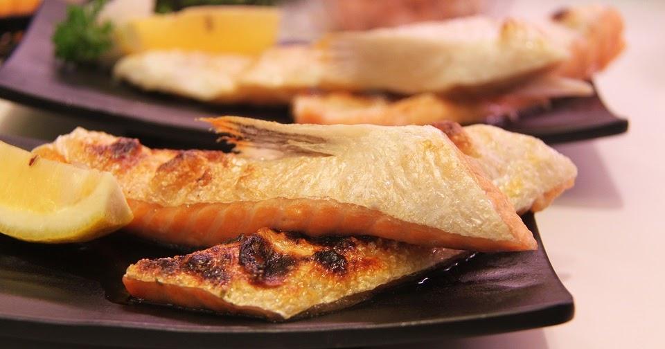 street food cuisine du monde recette de saumon la pur e de poivron et chou chinois r gime. Black Bedroom Furniture Sets. Home Design Ideas