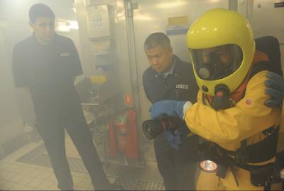 Firefighter on cruise ship Пожарник на круизном корабле