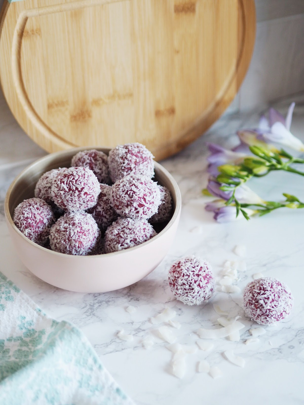 Raspberry & Coconut Protein Energy Balls