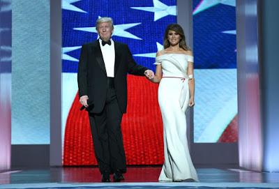 Donald Trump, Brioni, Presidente, USA, Estados Unidos, elegancia, estilo, Melania Trump, blog moda masculina, moda masculina, esmoquin, tuxedo,