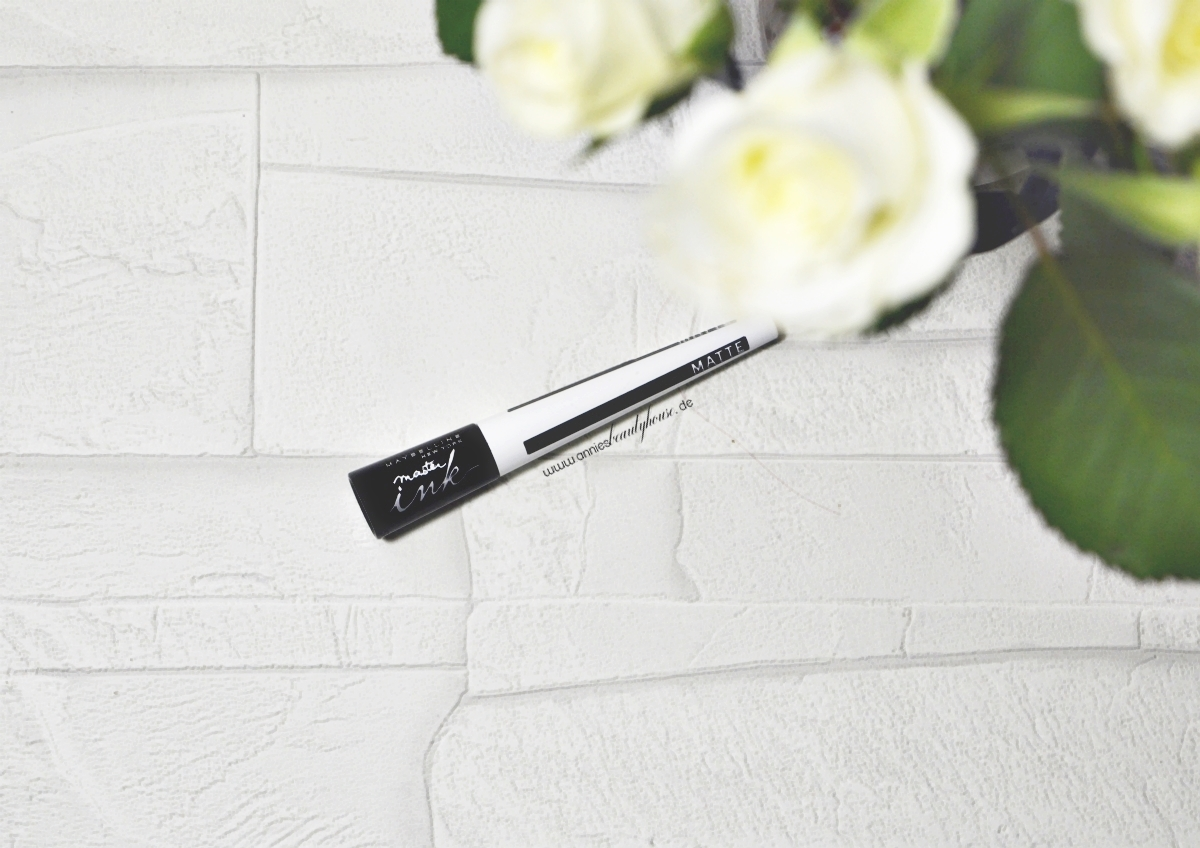 Maybelline Eyeliner - Master Ink Eyeliner Matte black Top View 2