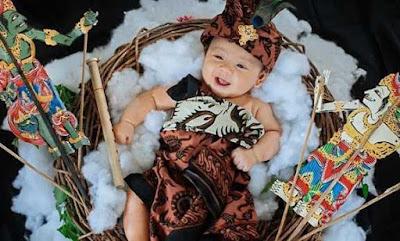 Foto Foto Bayi Lucu Membuat Suasana Hati Terhibur