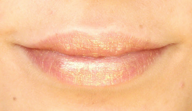 BeautyBigBang Metallic Mermaid Gold Lipstick review and swatch