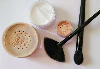 diy mineral makeup fan brush packaging powder ingredients mica talc natural
