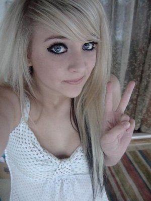 Ipod Hot Teen Blonde 44