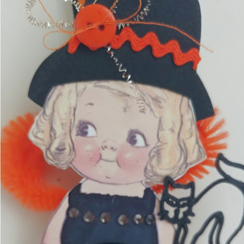 DIY Dolly Dingle Halloween Witches (and a giveaway!)
