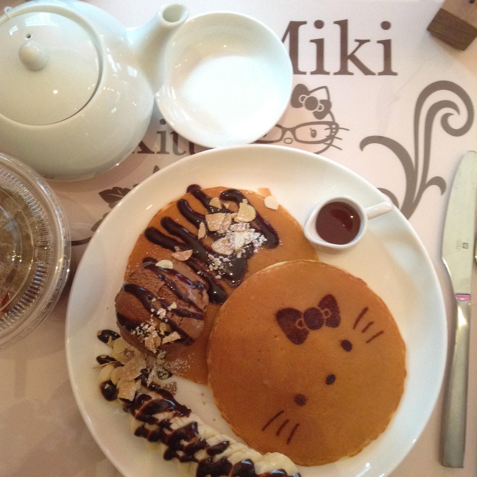 Himeji Hello Kitty Cafe