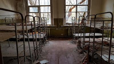 bambinaia abbandonata