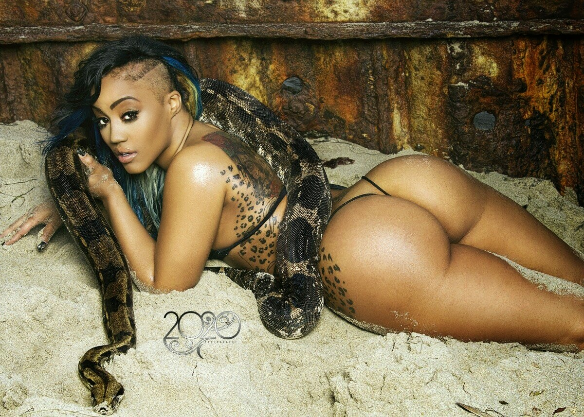 Tammy braxton naked - 1 5