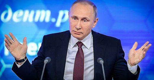 Putin revela sentirse muy orgulloso de su otra profesión