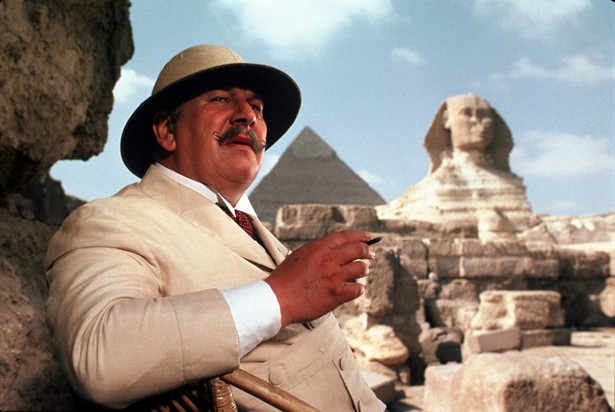 Peter Ustinov as Hercule Poirot at the Pyramids