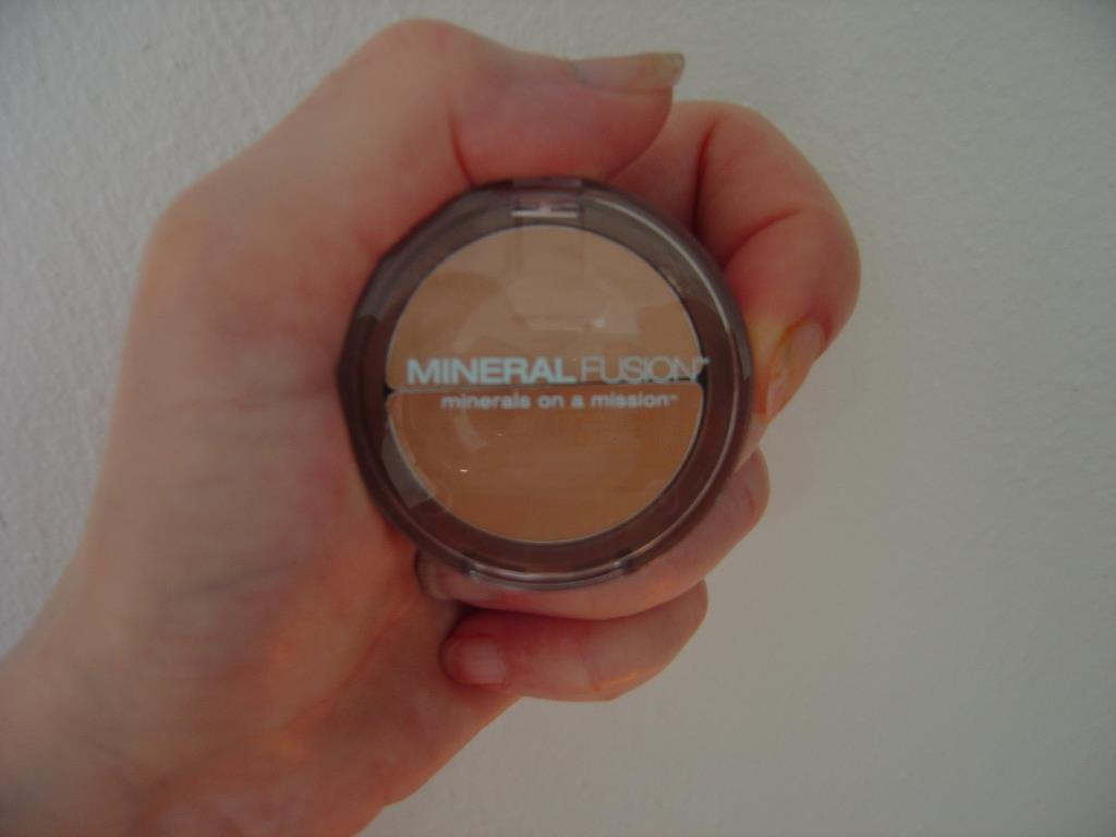 Mineral Fusion Neutral Concealer Duo.jpeg