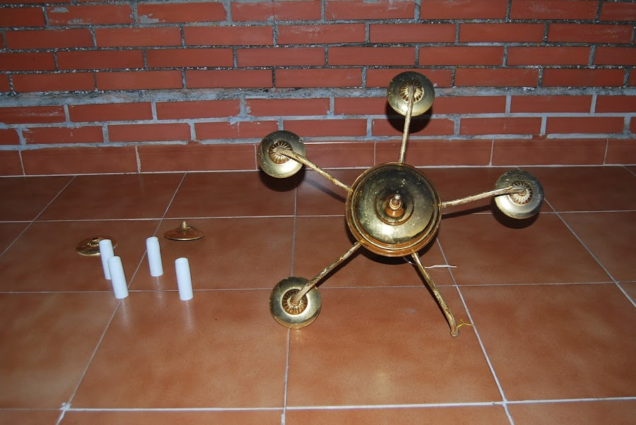 Reciclar y pintar una lampara de techo