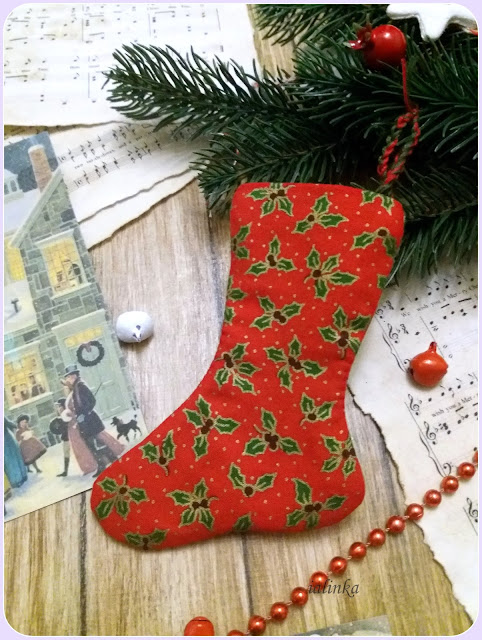 Blackbird Designed от Barb Adams, Tree Stockings for December, Merry December.