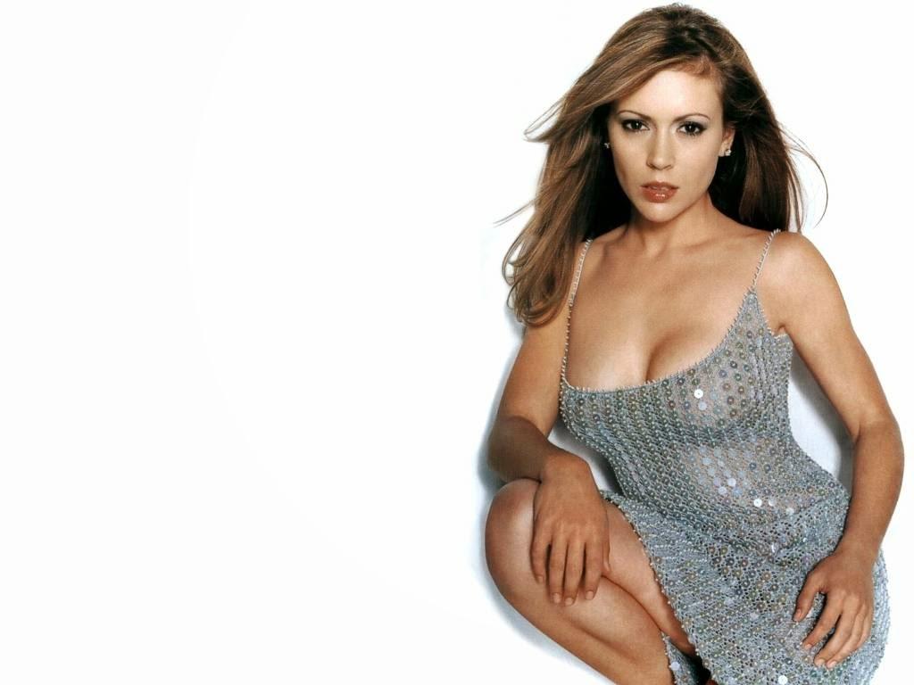 Alyssa Milano Hot Scenes celebrities gossip and entertainment news, covering