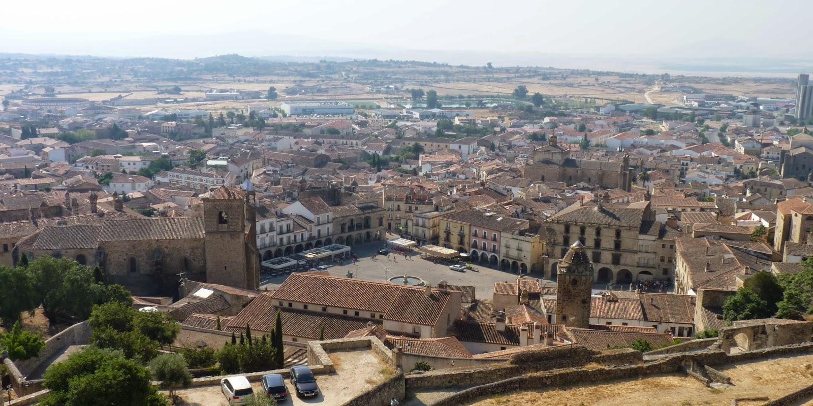 Vista de la Plaza Mayor desde la Alcazaba de Trujillo.