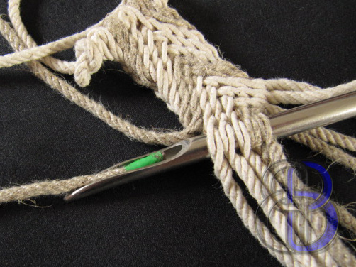 The Knotty Bear : Some Grip Fids for Sale!