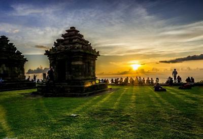 Candi Ijo Yogyakarta Dengan Panorama Yang Indah dan Penuh Misteri