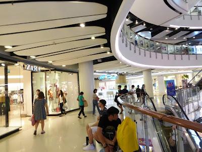 Zara, Siam Center, Bangkok, Tailandia, La vuelta al mundo de Asun y Ricardo, vuelta al mundo, round the world, mundoporlibre.com