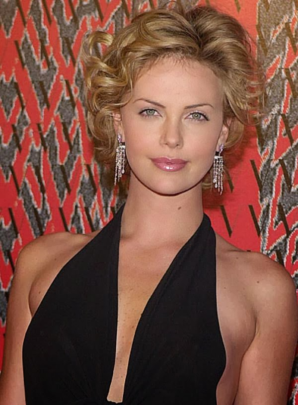 Superb Best Short Hairstyles For Round Face 2014 Hairstyle Trends Short Hairstyles Gunalazisus