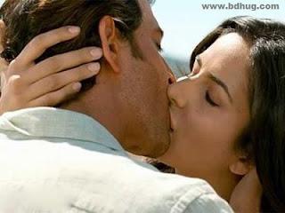 Katrina Kaif Bollywood Actress Biography, Sexy HD Photos Kissing Sense