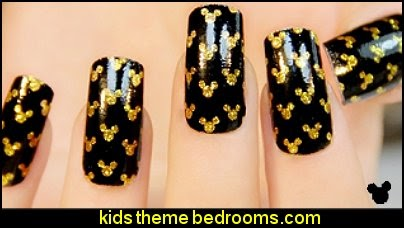 Mickey Mouse nail art ideas
