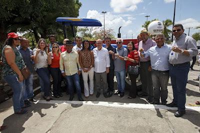 Governador entrega equipamentos e firma parcerias para o desenvolvimento agrícola do estado