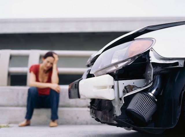 Tips Mencegah Kecelakaan Mobil