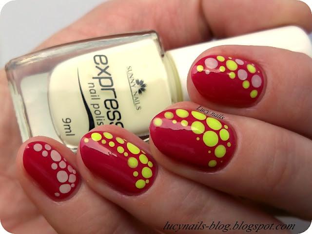 Kropki na paznokciach