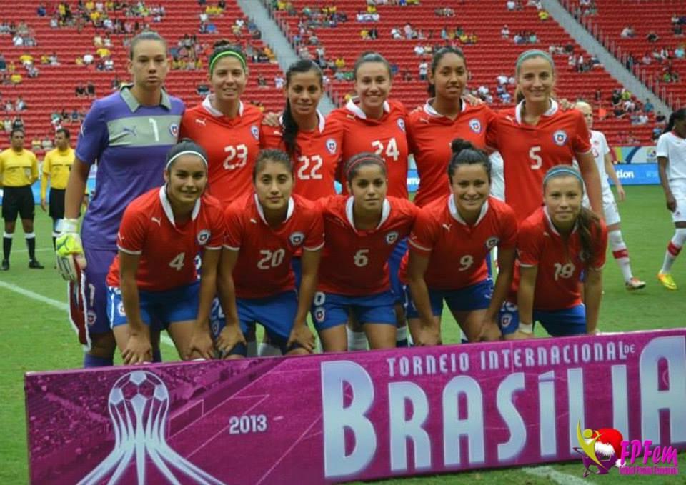 Formación de selección femenina de Chile ante Canadá, Torneio Internacional de Brasília 2013, 15 de diciembre
