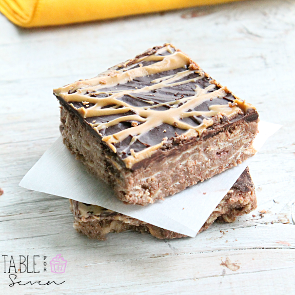 {No Bake} Chocolate & Peanut Butter Oatmeal Bars