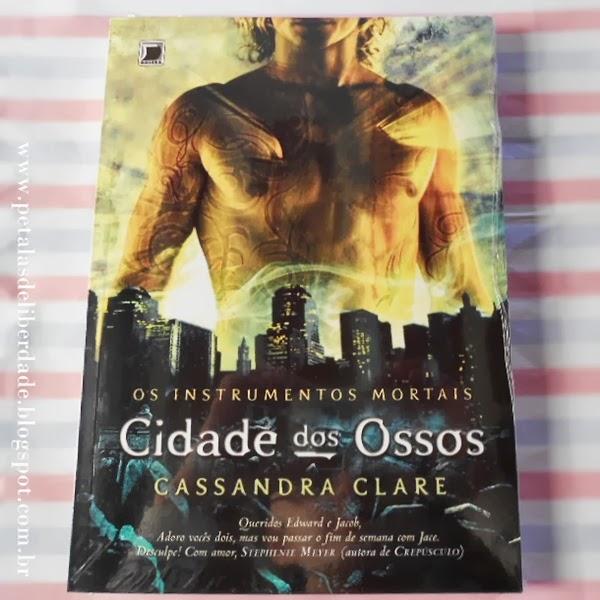 livro, filme, Cidade dos Ossos, Cassandra Clare, Galera Record