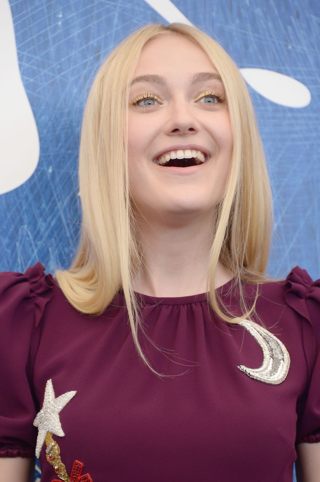 DAKOTA FANNING Dakota Fanning Blog