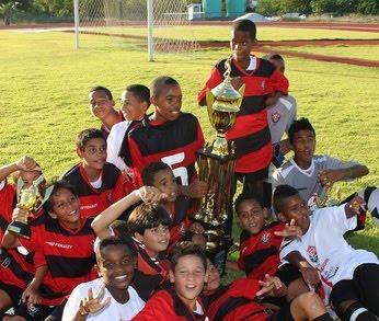 Sub-11  Vitória vence Bahia e é campeão da Copa Fraldinha 2011 (veja fotos) 014cfa4ddc1e7