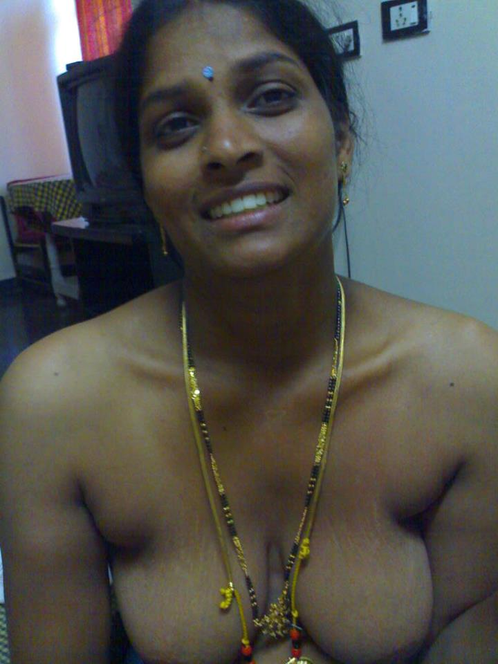 Tamil neighbor aunty boobs amp chut captured by bf - 3 9