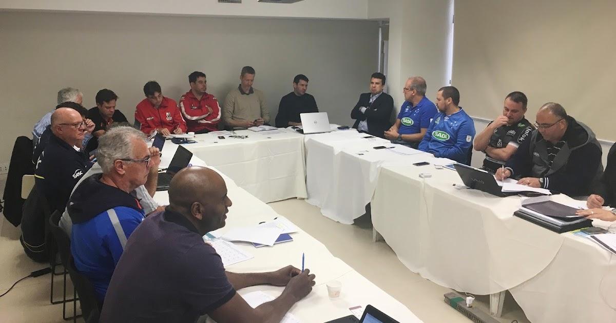 Superliga 2017/2018 começa no dia 14 de outubro com clássico do futebol