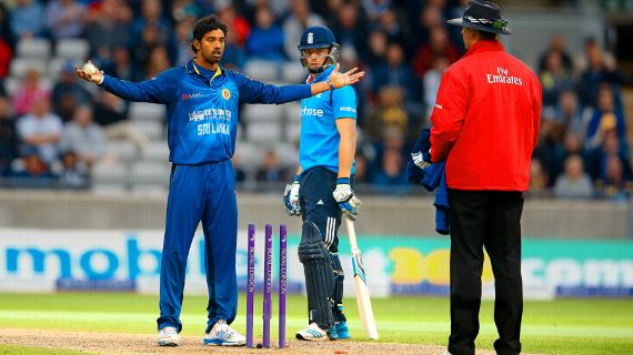 Sachithra Senanayake gestures to the umpire after mankading Jos Buttler  @ABOCricinfo