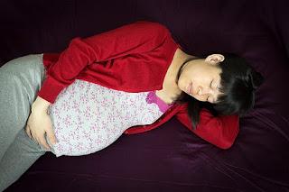 Tips Cara Mengatasi Sulit Tidur Nyenyak Pada Saat Hamil