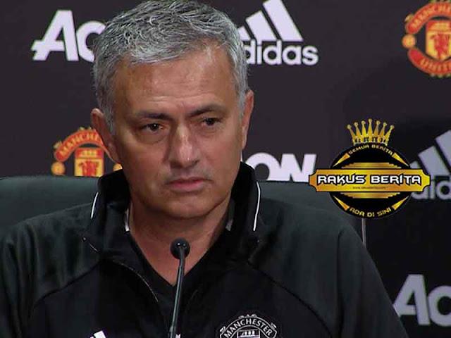 Mourinho 'Saya Tidak Teken Kontrak Baru Dan Juga Tidak Ke PSG !'