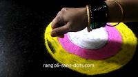 Simple-circular-rangoli-21101ab.jpg